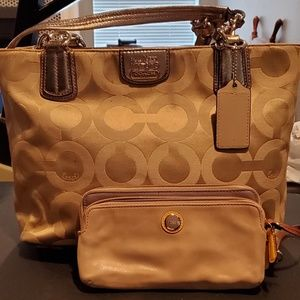 Tan coach purse with wallet